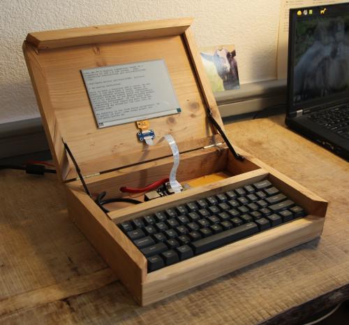 Ultimate Writer: an Open Digital Typewriter